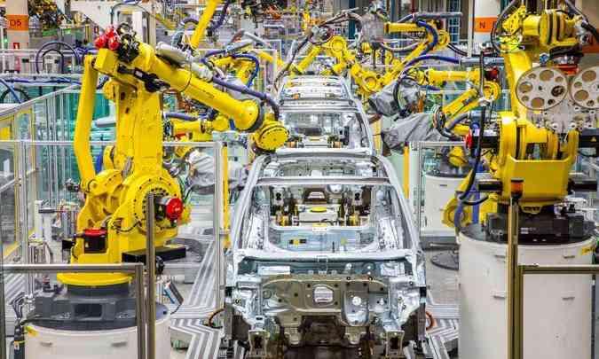 A fábrica de São José dos Pinhais, no Paraná, onde são produzidos os modelos Fox e T-Cross, também para a partir de hoje(foto: Volkswagen/Divulgação)