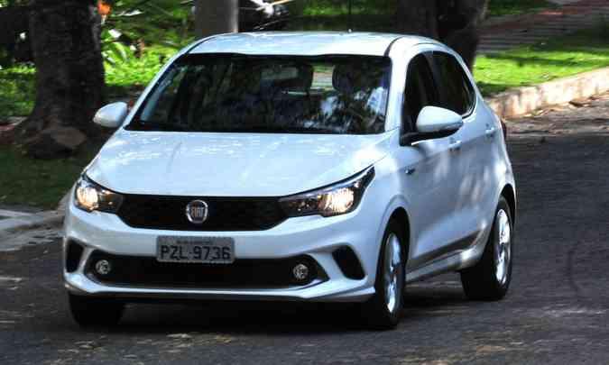 O Fiat Argo superou seus principais concorrentes e lidera entre os hatches compacto premium(foto: Ramon Lisboa/EM/D.A Press)