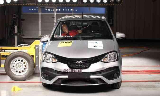 A proteção para motorista e passageiro em caso de batida frontal e lateral variou de marginal a boa(foto: Latin NCAP/Divulgação)
