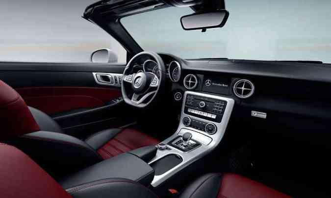 Ambas as versões do Mercedes-Benz vem com câmbio automático 9G-Tronic(foto: Mercedes-Benz/Divulgação)