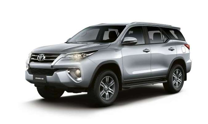 O novo SW4 passa a ser oferecido em versão de sete lugares e motor flex(foto: Toyota/Divulgação)