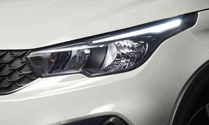 Faróis trazem assinatura de LED(foto: Fiat/Divulgação)