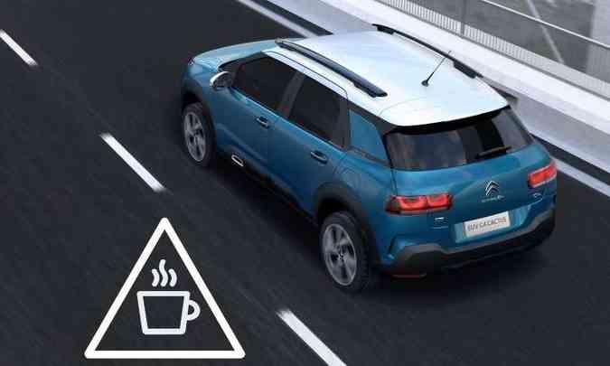 O C4 Cactus terá sistemas que auxiliam o motorista, como o detector de fadiga(foto: Citroën/Divulgação)