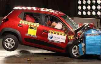 Kwid fez testes de impacto a 64 km/h e não oferecia nenhum item opcional de segurança(foto: Global NCAP / Divulgação)
