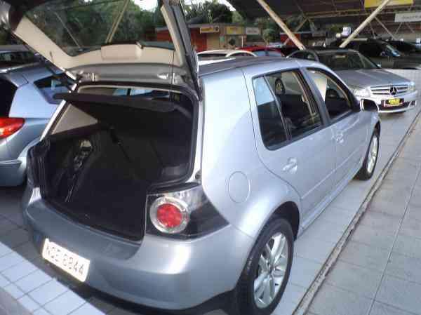 Volkswagen Golf 1.6 MI Total Flex 8v 4p