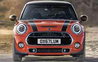 Novo logotipo da marca remete ao tradicionalismo britânico. Foto: Mini / Divulgação