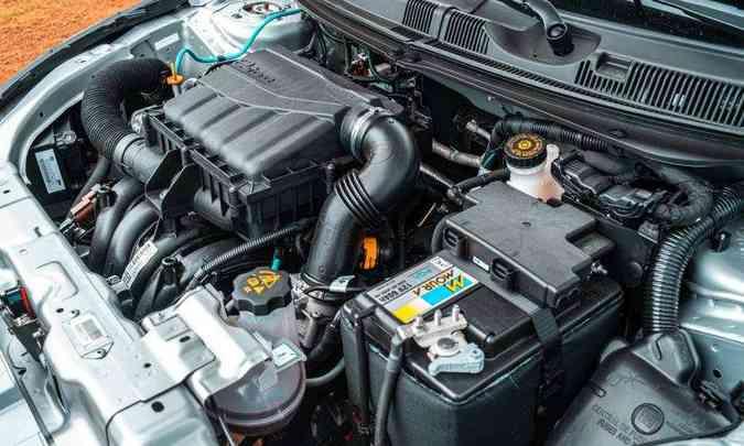 O motor 1.8 desenvolve potência máxima de 139cv com etanol, mas sem brilho no desempenho(foto: Jorge Lopes/EM/D.A Press)