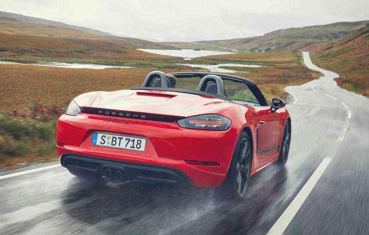 Motor 2.0 é capaz de entregar até 300 cavalos. Foto: Porsche / Divulgação -