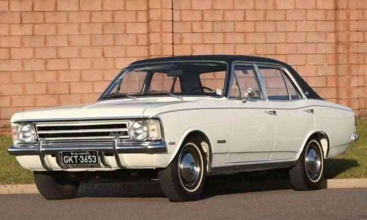 Modelo 1974, já com a nova grade e teto de vinil -  Marlos Ney Vidal/EM/D.A Press - 6/5/06