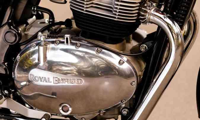 O motor de dois cilindros fornece 47cv e tem intervalo de ignição de 279 graus(foto: Johanes Duarte/Royal Enfield/Divulgação)