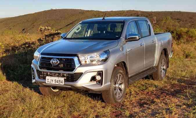 Toyota Hilux 4x4 seminova é vendida com ágio entre R$ 10 mil e R$ 15 mil sobre o preço da tabela Fipe(foto: Pedro Cerqueira/EM/D.A Press)