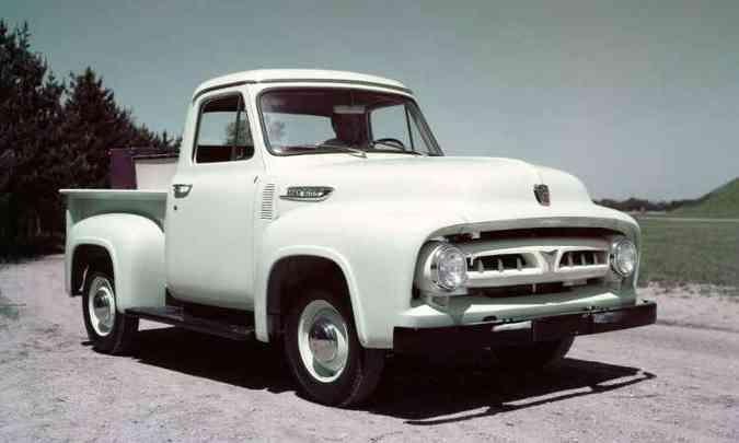 1953: F-100(foto: Ford/Divulgação)
