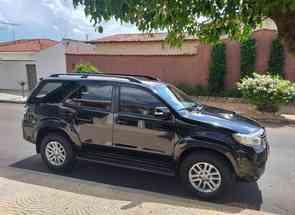 Toyota Hilux Sw4 Srv D4-d 4x4 3.0 Tdi Dies. Aut em Patos de Minas, MG valor de R$ 165.000,00 no Vrum