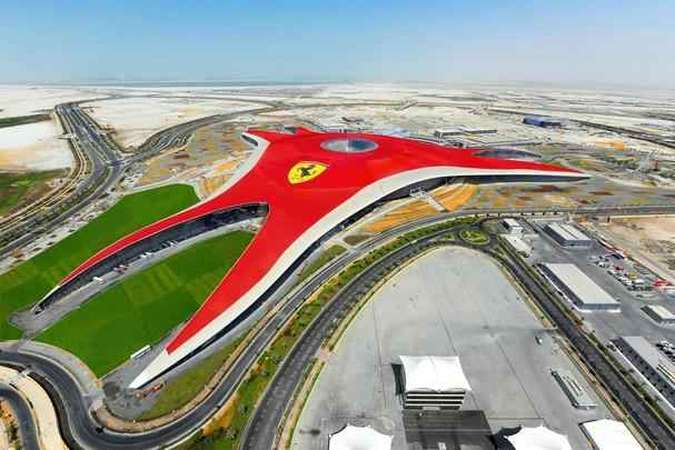 Parque de diversões Ferrari World, em Abu DhabiFerrari/Divulgação