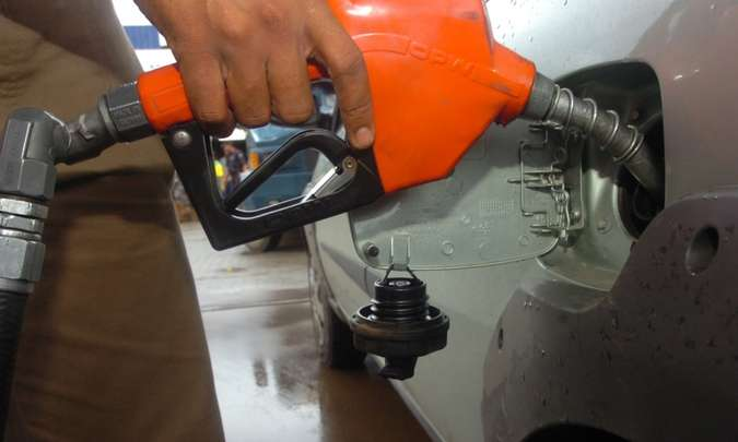 Gasolina pode envelhecer dentro do tanque se o carro ficar muito tempo parado, comprometendo o sistema de alimentação(foto: Jair Amaral/EM/D.A Press)