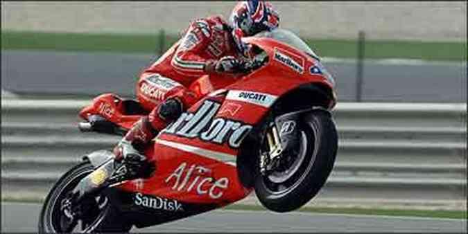 Ducati GP7 tem comando de válvulas desmodrômico e venceu a primeira prova(foto: Ducati/Divulgação)