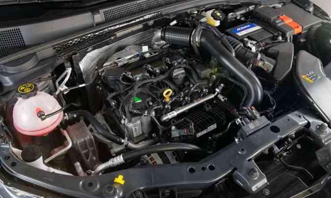 Tanto o hatch quanto o sedã são equipados com o motor 1.0 turbo de 116cv e 16,8kgfm de torque(foto: Chevrolet/Divulgação)