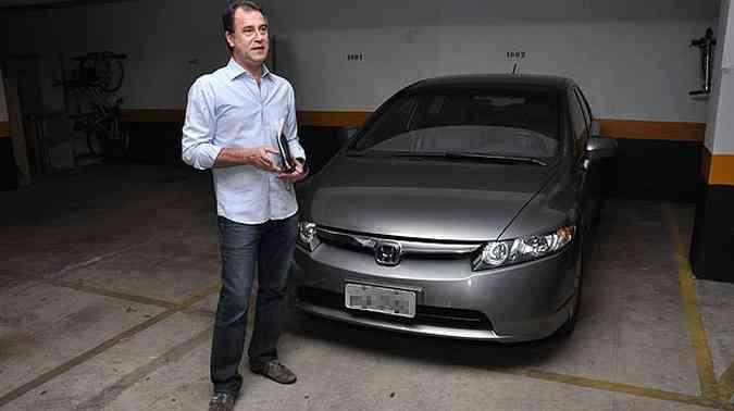 Honda Civic LXS 2006 de José Chequer Neto foi reparado oito vezes em três diferentes concessionárias(foto: Tulio Santos/Esp. EM/D.A Press)