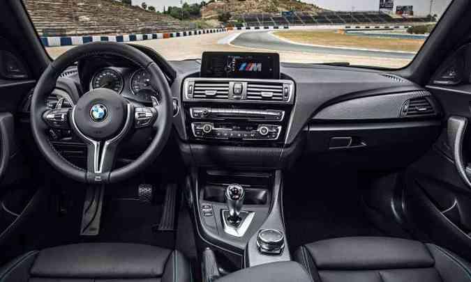 Interior sofisticado e muita tecnologia(foto: Uwe Fischer/BMW/Divulgação)
