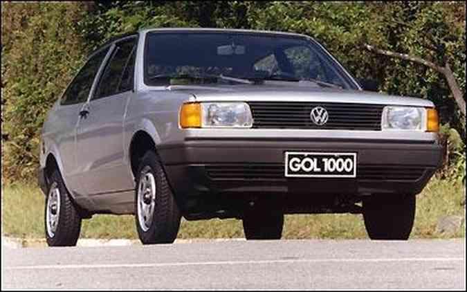Ainda na primeira geração, o Gol 1000 fez sucesso pelo baixo custo e popularizou o carro 0km no Brasil