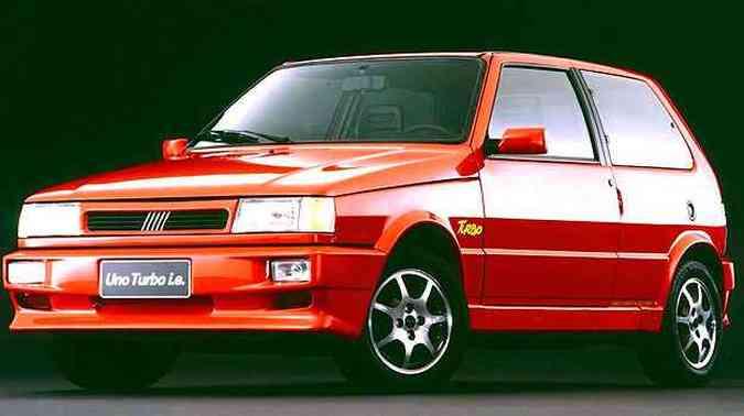 Uma das versões mais famosas: Uno Turbo 1.4 i.e.(foto: Fiat/Divulgação)