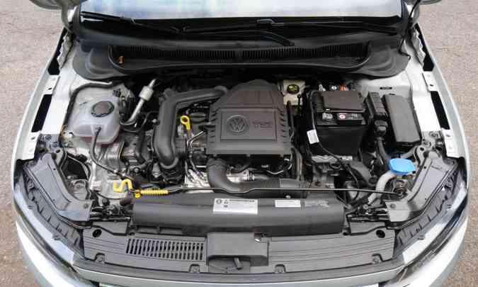 Motor 1.0 turbo fornece até 128cv de potência e 20,4kgfm de torque(foto: Leandro Couri/EM/D.A Press)