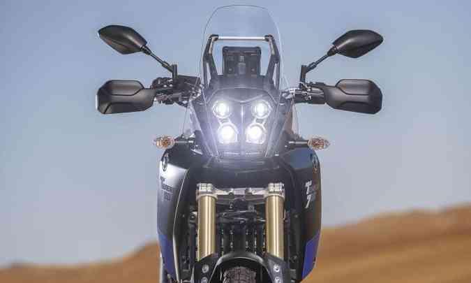 O conjunto de faróis em LED tem inspiração nos ralis(foto: Yamaha/Divulgação)