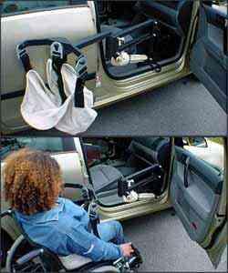 O Multi Lift tem uma base que pode ser fixada no assoalho e um motor elétricou que serve para transferir usuários de cadeiras de rodas para o assento do veículo - Cavenaghi/Divulgação
