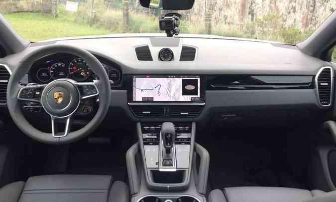 A sofisticação do acabamento e os recursos tecnológicos são destaque no SUV Coupé(foto: Enio Greco/EM/D.A Press)
