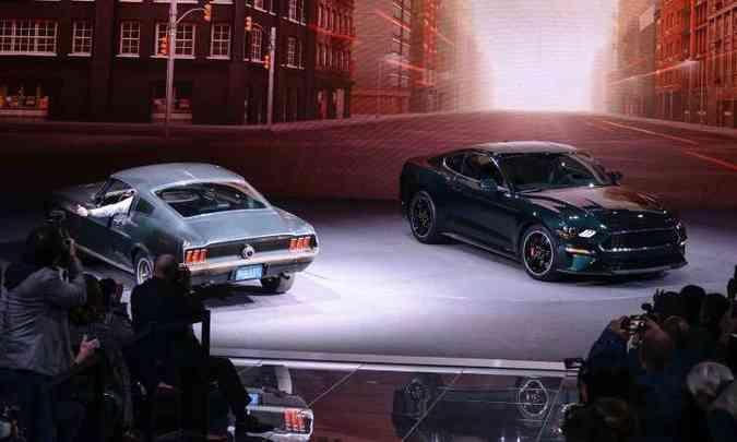 Em comemoração aos 50 anos do filme Bullitt, a Ford levou ao salão o Mustang GT 1968 usado por Steve McQueen nas gravações, para o lançamento da série limitada do pony car(foto: Ford/Divulgação)