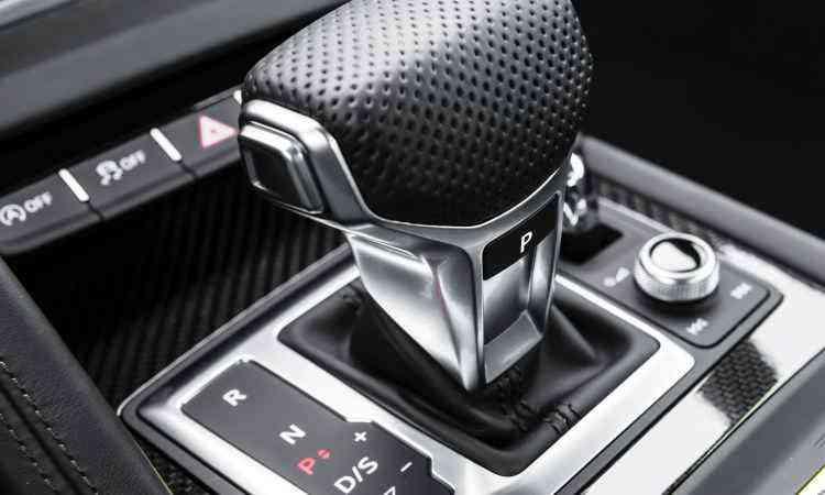 O câmbio automático S Tronic de oito velocidades proporciona trocas de marchas suaves e rápidas - Audi/Divulgação