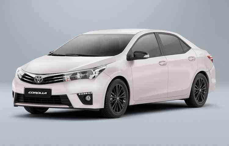 Entre os sedãs, o destaque fica por conta do Corolla, com mais de cinco mil veículos vendidos - Toyota/Divulgação