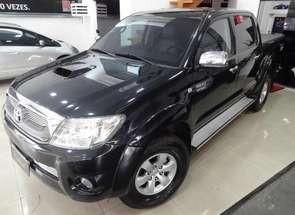 Toyota Hilux CD Srv D4-d 4x4 3.0 Tdi Diesel Aut em Londrina, PR valor de R$ 93.900,00 no Vrum