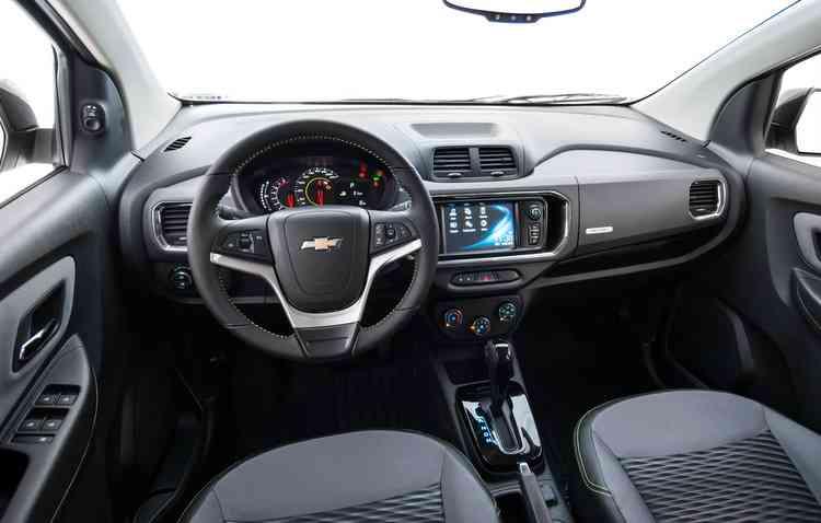 Dentro da cabine não existe muito luxo, mas atende à proposta. Foto: Chevrolet / Divulgação -
