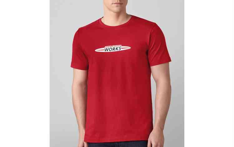 Camiseta é vendida por R$ 191 a unidade. FOTO: BMW/Divulgação  - Camiseta é vendida por R$ 191 a unidade. FOTO: BMW/Divulgação