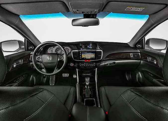 Destaque para tela de 7 polegadas do sistema multimídia.(foto: Joe Carlson Studio/Honda/Divulgação)