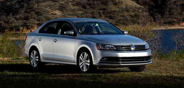 Dianteira ficou mais sofisticada com novos faróis e LED para iluminação diurna - Volkswagen/Divulgacao