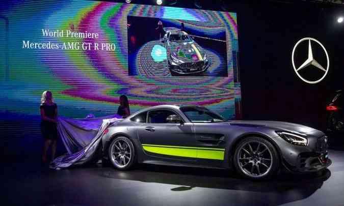 Mercedes-Benz AMG GT R PRO tem motor V8 de 577cv e acelera até 100km/h em 3,5 segundos(foto: Los Angeles Auto Show/Divulgação)