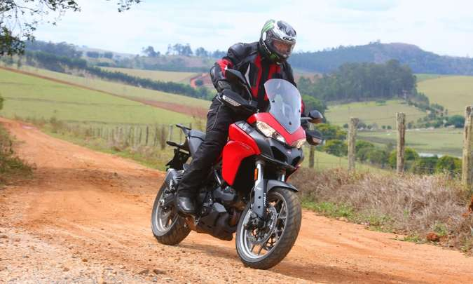 Modelo ganhou posição de pilotagem mais relaxada e ficou mais alto(foto: Johanes Duarte/Ducati/Divulgação)