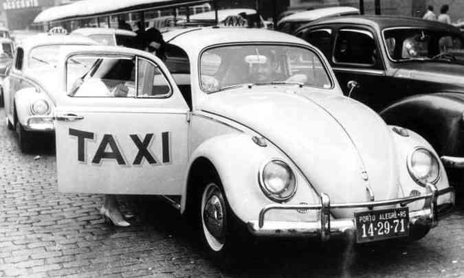 Quem tem mais de 35 anos de idade se lembra que o modelo era usado como táxi no Brasil, muitas vezes sem o banco do passageiro, para facilitar o acesso(foto: Volkswagen/Divulgação)