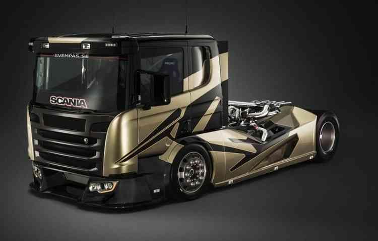 Caminhão da Scania foi modificado e entrega mais de 2 mil cavalos. Foto: Svempas / Divulgação -