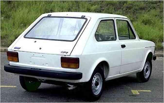 Hatch fabricado em Betim foi o primeiro modelo de produção nacional equipado com motor transversal de 1.050cm³