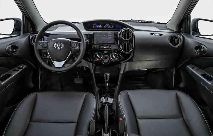 Reforço é garantido ao trazer, em todas as versões, airbag frontal duplo e freios ABS com distribuição eletrônica de frenagem (EBD) - Toyta/Divulgação