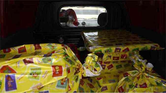 Uma divisória isola o motorista da carga(foto: Thiago Ventura/EM/D.A PRESS)