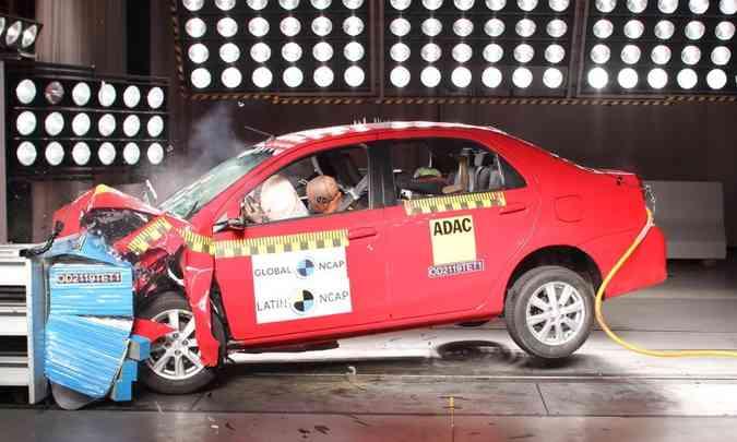 No caso do motorista, a proteção ao tórax e às coxas foi considerada marginal(foto: Latin NCAP/Divulgação)