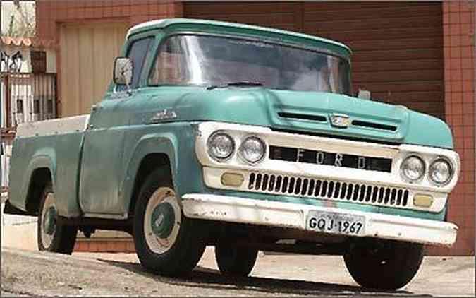 Modelo 1967 ainda está na ativa, confirmando a vocação para o trabalho do Rancheiro