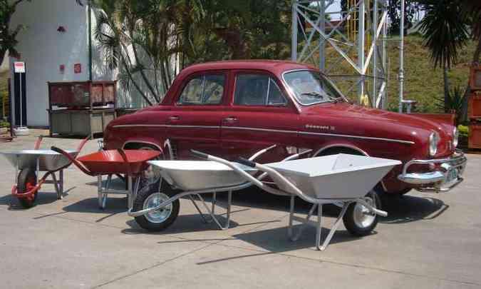 Linha de carrinhos de mão da Esfera é composta por quatro modelos(foto: Bruno Freitas/EM/D.A Press )