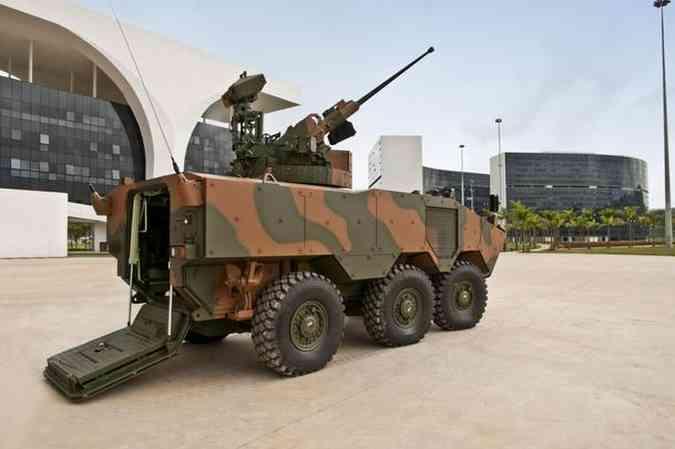 Exército Brasileiro faz encomenda de mais de 2 mil blindados de tração 6x6 Iveco/Divulgação