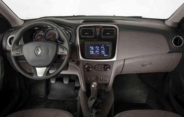 Dentro do segmento, parte interna do Logan é na média - Renault / Divulgação