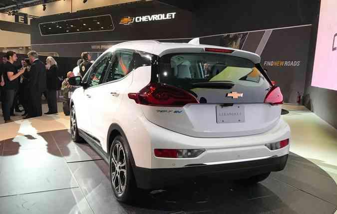 O Bolt EV é um Hatch considerado como o primeiro elétrico de preço popular da marca(foto: Jorge Moraes/ DP)